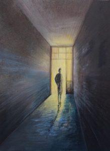 Mischtechnik auf Hartfaser. ein Mensch geht im dunklen Hauseingang auf die lichtdurchflutete Eingangstür zu