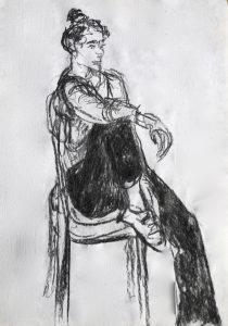Kohlezeichnung, sitzende pausierende Frau