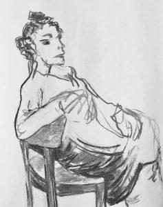 """Eine junge Frau mit einem abgehocktem Bein auf einem Stuhl sitzend, """"Interessiert"""" Kohle auf Papier,30x23,5cm, 2019"""